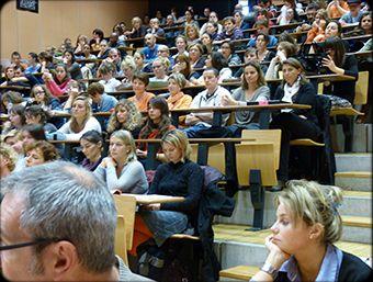 Продается высшее учебное заведение в г. Рига Латвия.