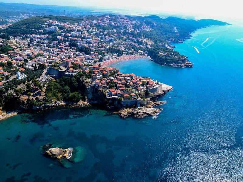 Кайт-отель у моря в Черногории