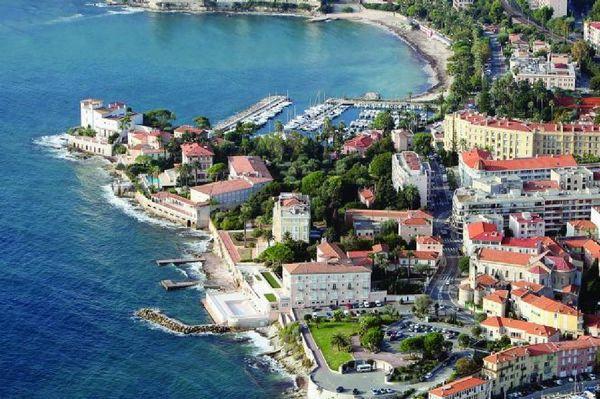 Гостиница в Болье, на Лазурном берегу, рядом с Монако.