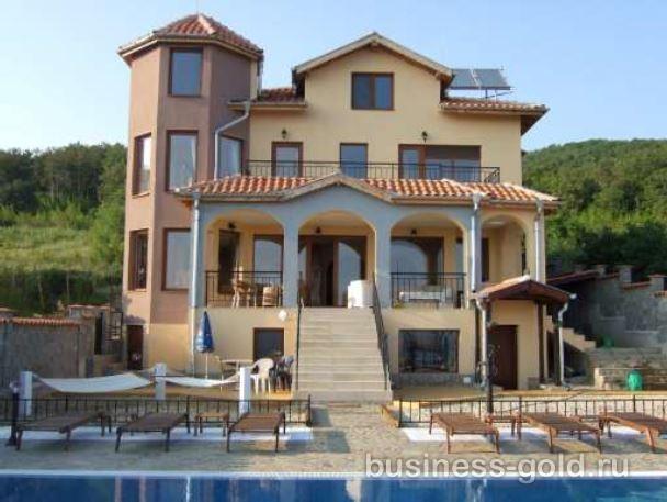 Дом класса люкс с видом на море в Болгарии