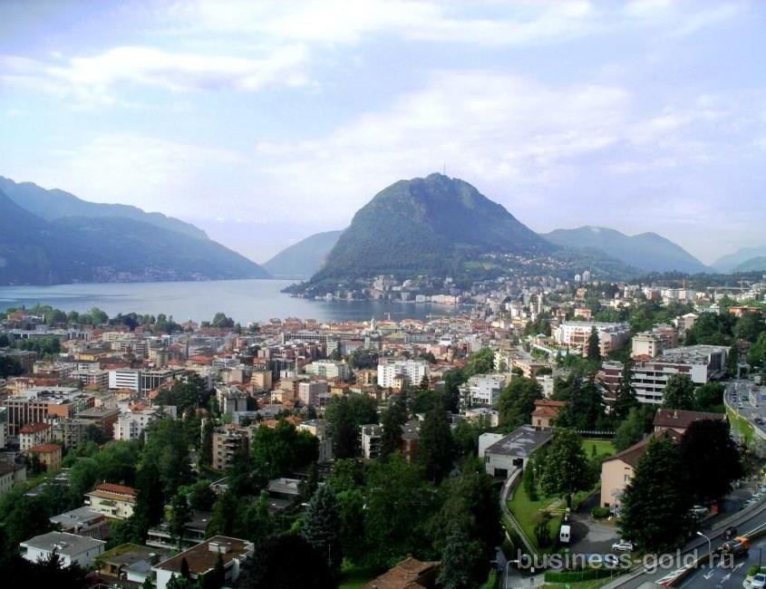Величественная гостиница, в Лугано, в Швейцарии